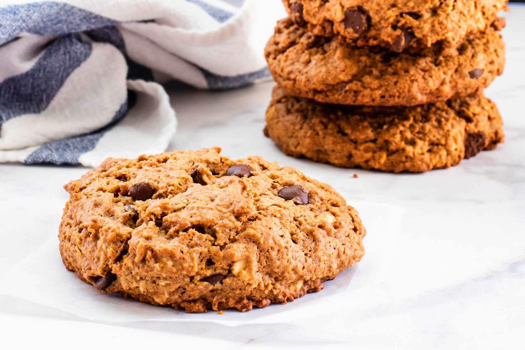 Oatmeal Almond Butter Breakfast Cookies