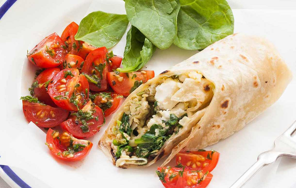 Make-Ahead Feta and Spinach Breakfast Wraps